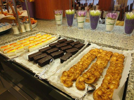 Aqua Hotel Bertran Park: dineren