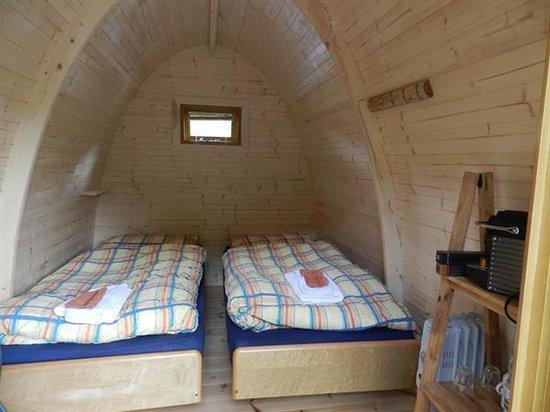 Forellensee: Holz-Iglu Podhouse Innenansicht
