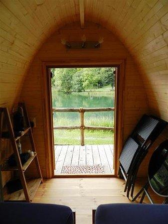 Forellensee: Holz-Iglu Podhouse Aussicht