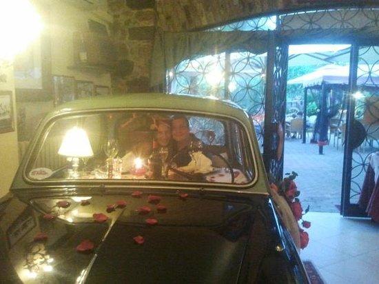 Hotel Rosati: Fiat 1100 frontale