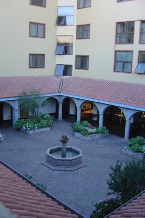 Hotel Jose Antonio Cusco: Giardino
