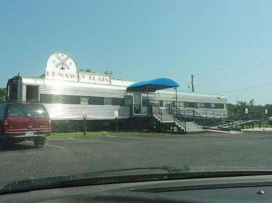 Runaway Train Cafe: Runaway Train, Brownwood Texas