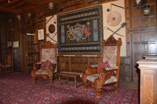 Comlongon Castle Hotel: Lobby