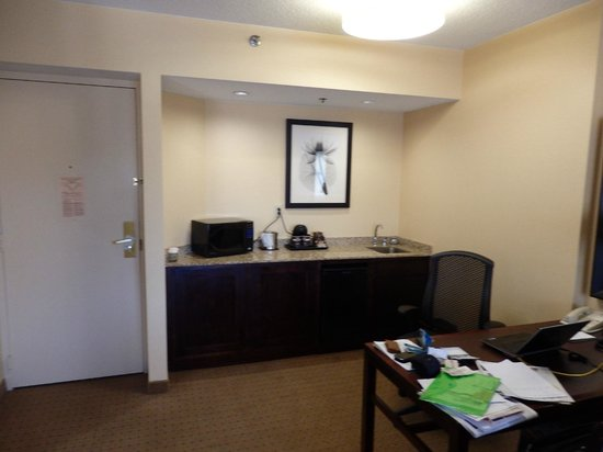 DoubleTree Suites by Hilton Hotel Raleigh-Durham : This is room 309