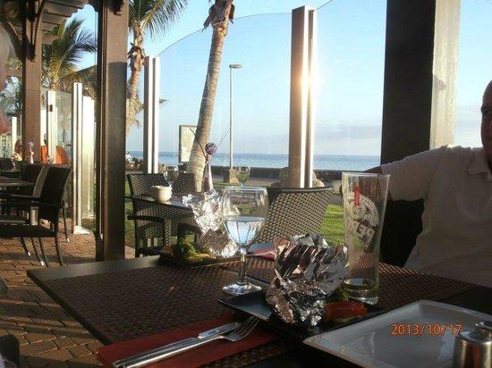 Sushi Mex  - Boulevard El Faro: Vue depuis le restaurant sur l'OCEAN
