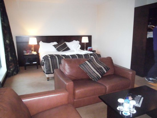 Carlton Hotel Dublin Airport: Our Room