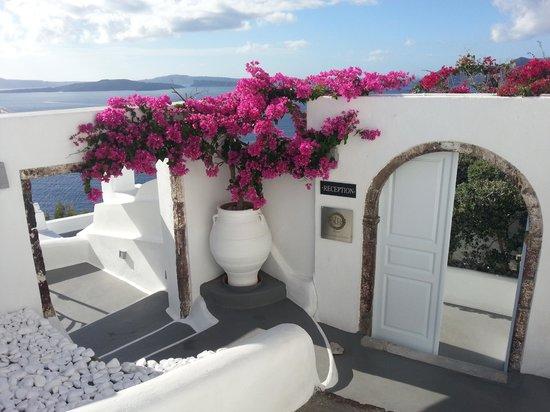 Canaves Oia Hotel: Reception Area