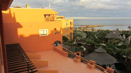 Sheraton Fuerteventura Beach, Golf & Spa Resort : Sea view from 5th floor