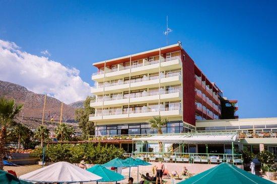 Eri Beach & Village: mieliśmy pokój na 4 piętrze