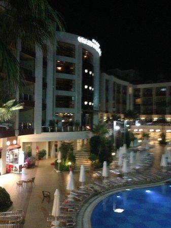 Grand Pasa Hotel: Night view