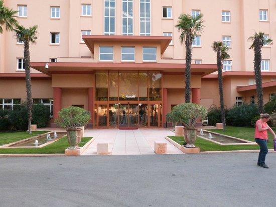 Hôtel Club Vacanciel Les Issambres : l'entrée principale