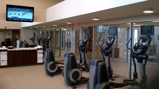 Residence Inn by Marriott Calgary Airport : Impressive gym