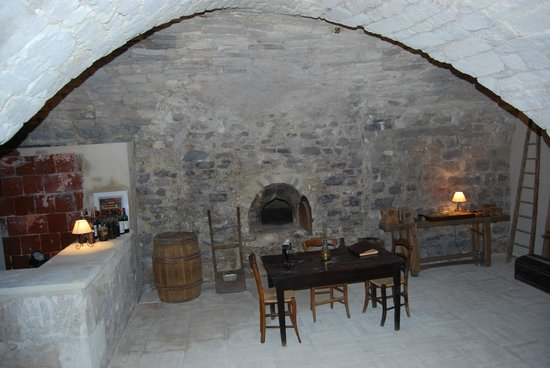 Les Trois Sources: View of the original oven on the ground floor