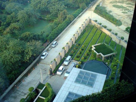 Radisson Blu Hotel New Delhi Paschim Vihar : Hotel view