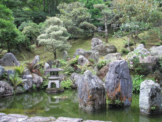 Koyasan Fudoin Temple : The garden