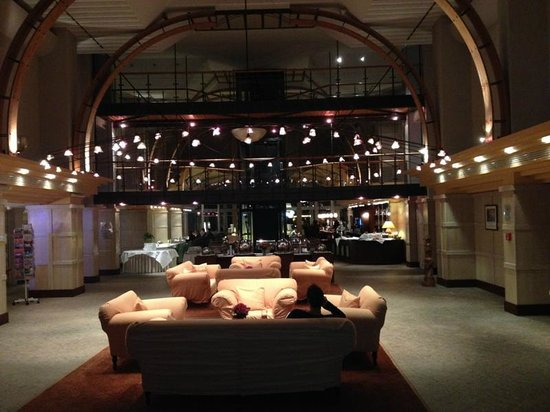 Lindner Hotel & Spa Ruegen: Lobby og bar