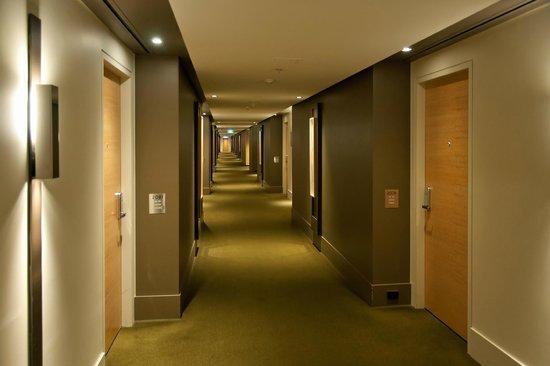 Crown Promenade Melbourne: Korridor