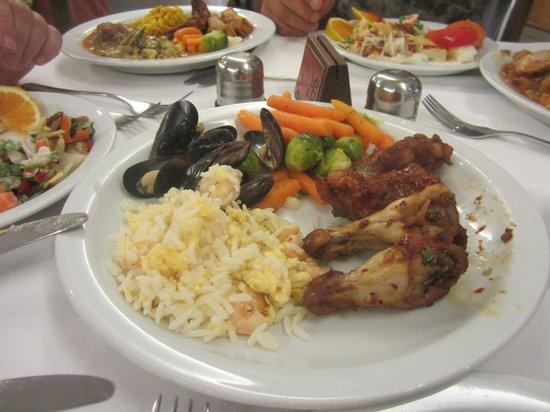 "Pafian Sun Village: Ужин, ""китайский вечер"""