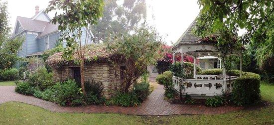 Kaleidoscope Inn: Gazebo and Stone Cottage.