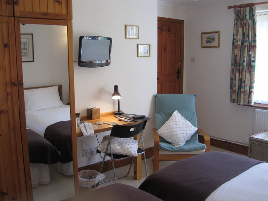 Mole Lodge Bed & Breakfast: Country room