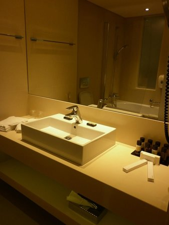 Princess Andriana Resort & Spa : bathroom