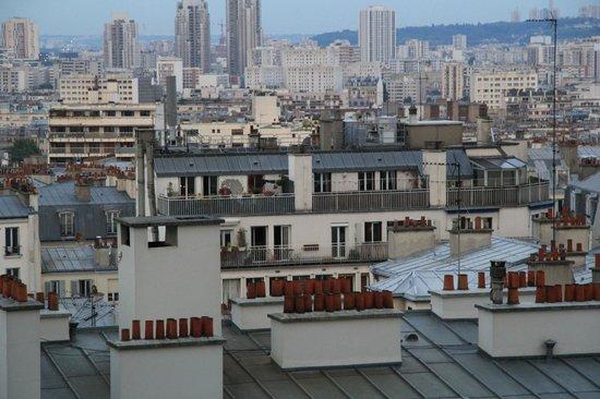 Ermitage Hotel Sacre-Coeur: les toits de Paris... (2)