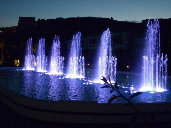 Princess Andriana Resort & Spa : water display