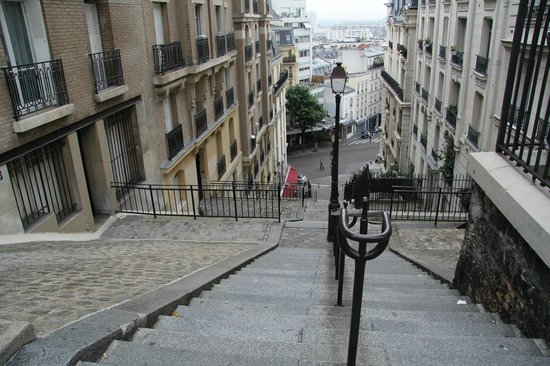 "Ermitage Hotel Sacre-Coeur : one of the many ""escaliers de la Butte"" - hard on the legs but  oh so easy on the eyes!"