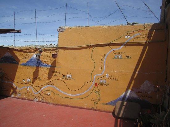 La Posada del Virrey : Mur décoratif de la région d'Arequipa