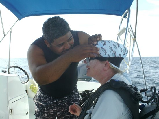 Turneffe Flats: HAIR BY DIVE MASTER JOHN