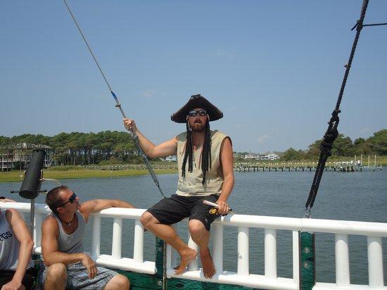 Duckaneer Pirate Ship Tours: Pirate