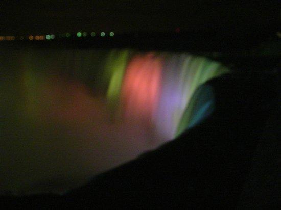 Niagara Falls Marriott Fallsview Hotel & Spa : Night View