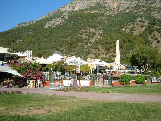 Belcekis Hotel Restaurant: View from seafront