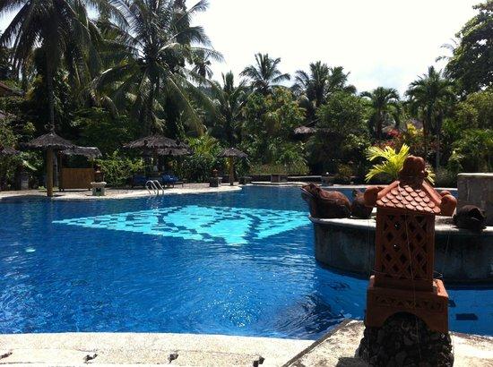 Tasik Ria Resort Manado: zwembad