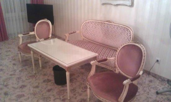 Hotel Eisenhut: Sitzen etwas anders