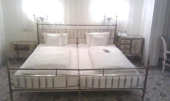 Hotel Eisenhut: Schlafen