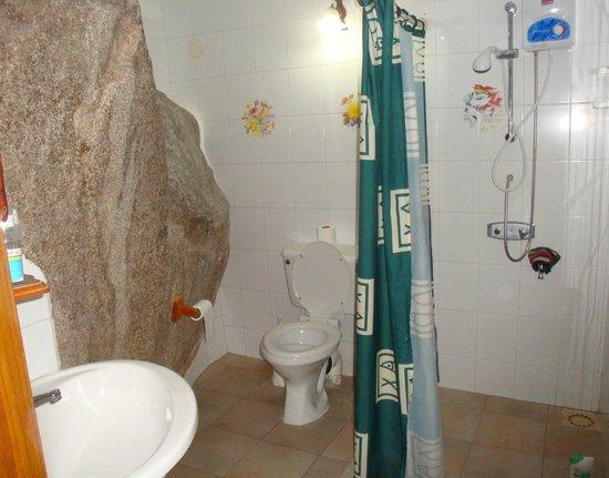 Romance Bungalows : salle de bain WC