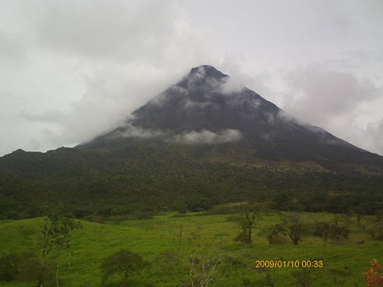 Ivantours Costa Rica and Panama Day Tours: Arenal Volcano