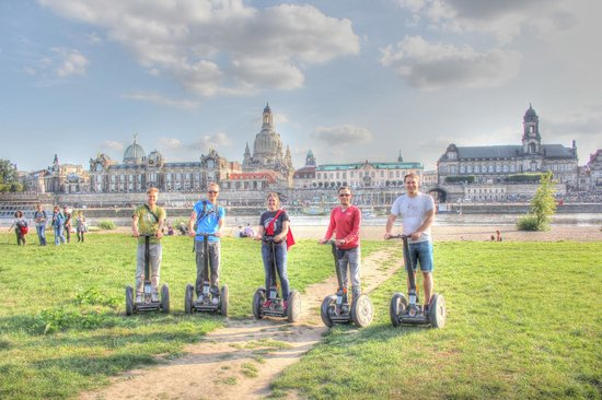 Segway Tour Dresden am Elbufer