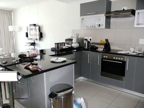 FlatRock Suites: mooie keuken