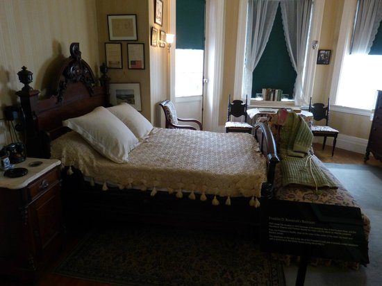 Franklin Delano Roosevelt Home: One of the bedrooms