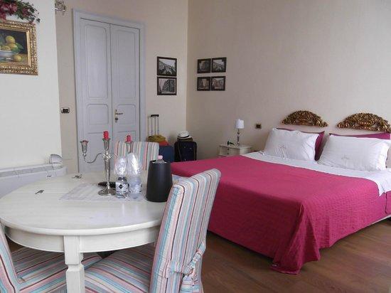 La Ghirlanda: preciosa habitación