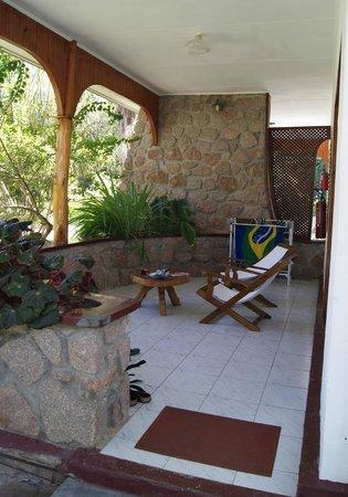 Islander Hotel : terrasse