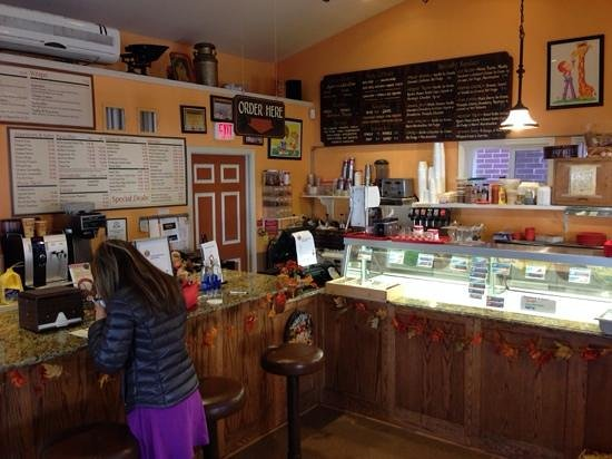 Phillip Arthur's Ice Cream, Pizza and Subs: Good food too