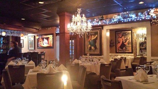 Mario's Catalina Restaurant : Mario's Elegant Style Setting