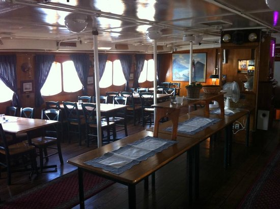 Rygerfjord Hotel and Hostel : Salon et salle du petit déjeuner