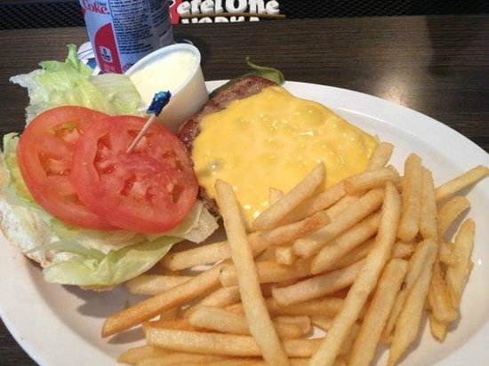 The Rock River Bowl Bar and Grill : Fresh toppings