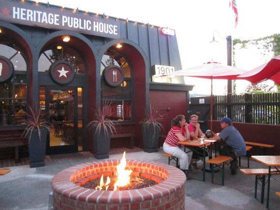 Heritage Public House: Patio with fire pit