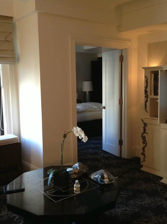 The Surrey: Spacious, comfortable: the best showers and mattresses experienced.