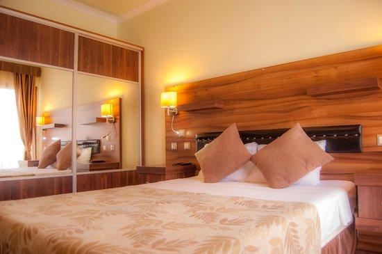 Manuela Hotel Odası